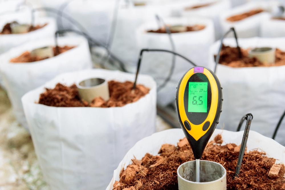 soil pH tester accuracy